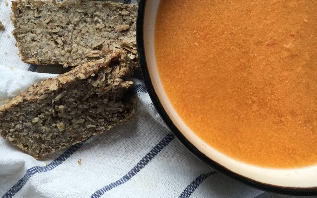 The Easiest (& Most Delicious) Roasted Tomato Soup